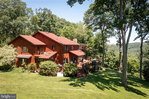 Photo of 41 MOUNT AIRY RD, PIPERSVILLE, PA 18947 (MLS # PABU2000784)