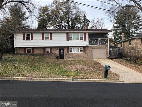Photo of 6904 CRAFTON LN, CLINTON, MD 20735 (MLS # MDPG556786)