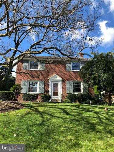 Photo of 552 W ROLLING RD, SPRINGFIELD, PA 19064 (MLS # PADE501786)