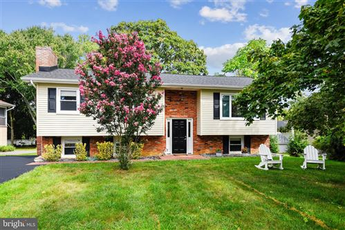 Photo of 126 PINECREST DR, ANNAPOLIS, MD 21403 (MLS # MDAA2010788)