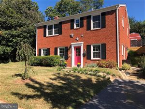 Photo of 9203 TOPEKA ST, BETHESDA, MD 20817 (MLS # MDMC682788)