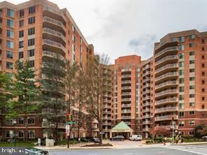 Photo of 7500 WOODMONT AVE #S404, BETHESDA, MD 20814 (MLS # MDMC686788)