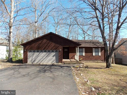 Photo of 623 YORKTOWN BLVD, LOCUST GROVE, VA 22508 (MLS # VAOR136790)