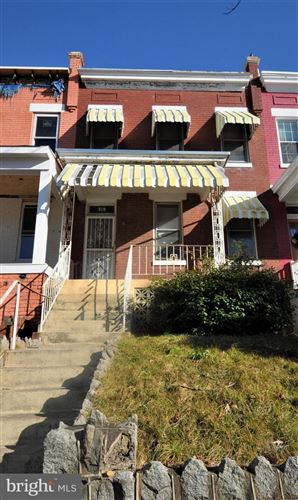 Photo of 319 15TH ST NE, WASHINGTON, DC 20002 (MLS # DCDC504794)