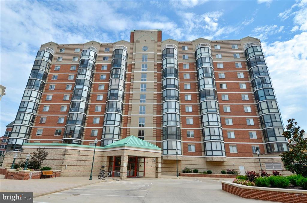 Photo for 22 COURTHOUSE SQ #509, ROCKVILLE, MD 20850 (MLS # 1009706796)