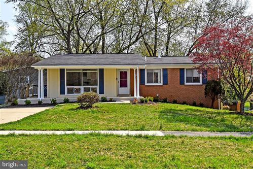 Photo of 4805 LEVADA TER, ROCKVILLE, MD 20853 (MLS # MDMC751798)