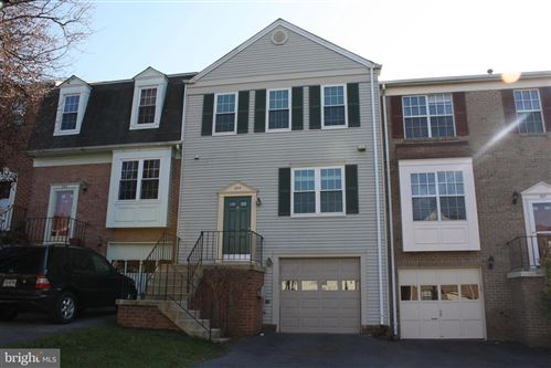 Photo of 225 LAZY HOLLOW DR, GAITHERSBURG, MD 20878 (MLS # MDMC697802)