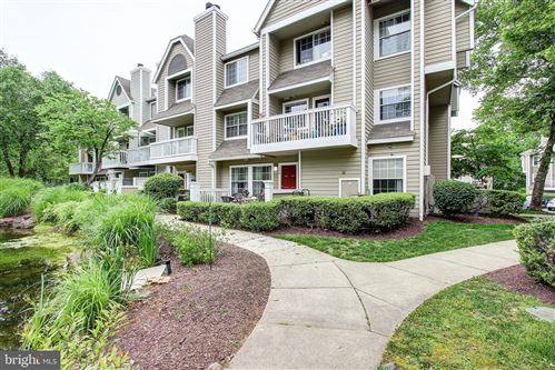 Photo of 5701 CHAPMAN MILL DR #2104, ROCKVILLE, MD 20852 (MLS # MDMC711804)
