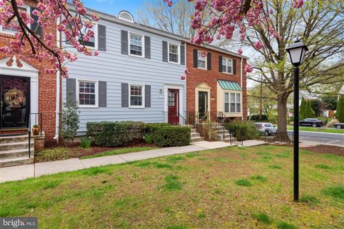 Photo of 6671 FAIRFAX RD #90, CHEVY CHASE, MD 20815 (MLS # MDMC754804)
