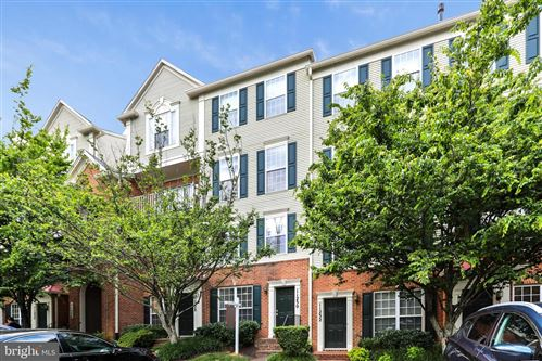 Photo of 11230 EDSON PARK PL #20, ROCKVILLE, MD 20852 (MLS # MDMC711806)