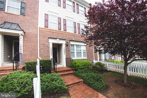 Photo of 12821 GATE RAIL RD #27U, CLARKSBURG, MD 20871 (MLS # MDMC712806)
