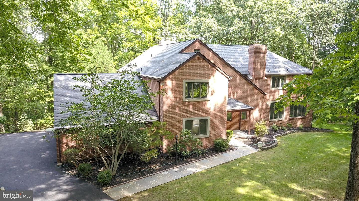 24 HIGHFIELD CT, Cockeysville, MD 21030 - MLS#: MDBC505806