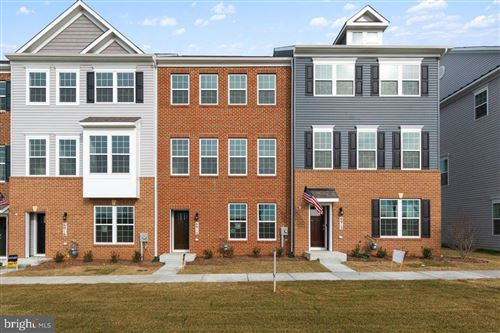 Photo of 7009 ANTEBELLUM WAY, FREDERICK, MD 21703 (MLS # MDFR264810)