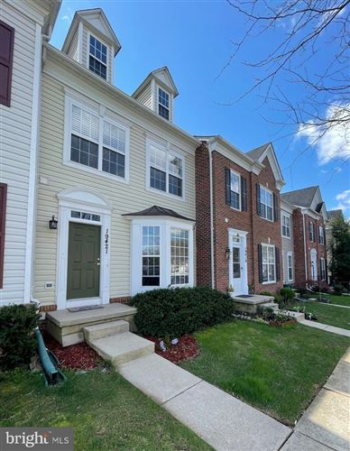 Photo of 19421 RAYFIELD DR, GERMANTOWN, MD 20874 (MLS # MDMC752812)