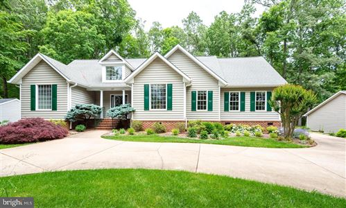 Photo of 129 CUMBERLAND CIR, LOCUST GROVE, VA 22508 (MLS # VAOR136812)