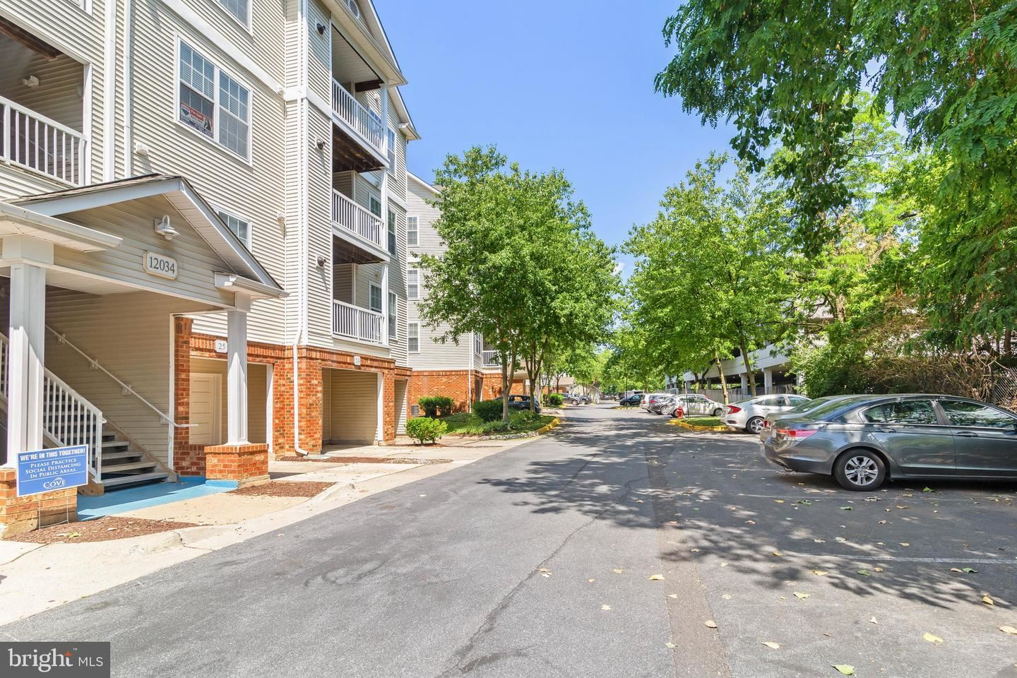 Photo of 12034 CHASE CROSSING CIR #304, ROCKVILLE, MD 20852 (MLS # MDMC714812)
