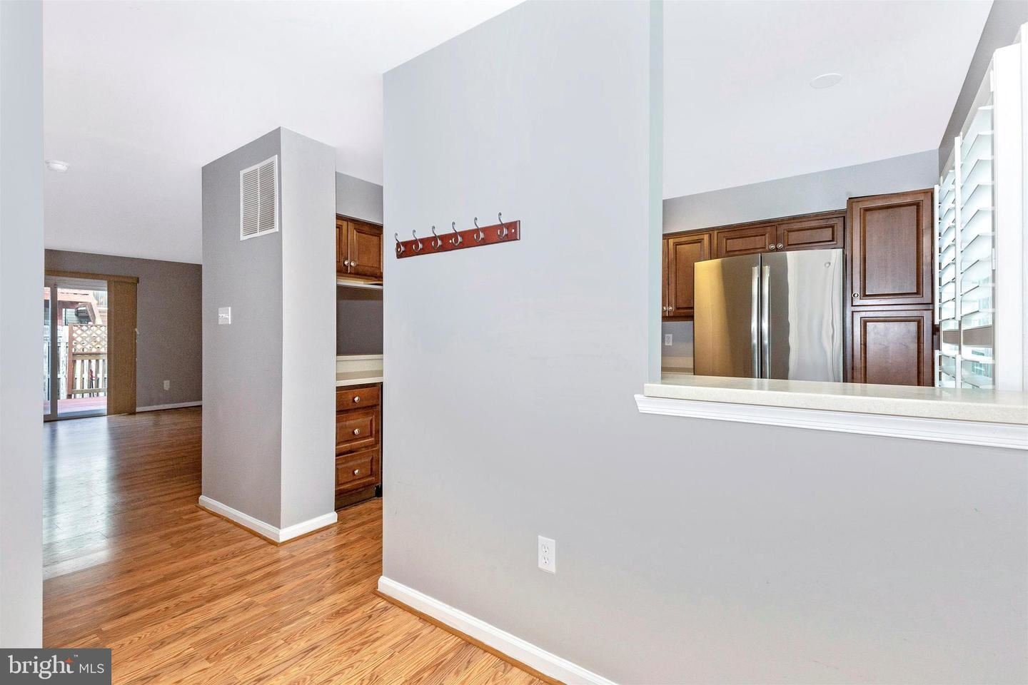 Photo of 20021 APPERSON PL, GERMANTOWN, MD 20876 (MLS # MDMC735818)