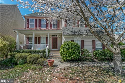 Photo of 13814 LULLABY RD, GERMANTOWN, MD 20874 (MLS # MDMC701820)