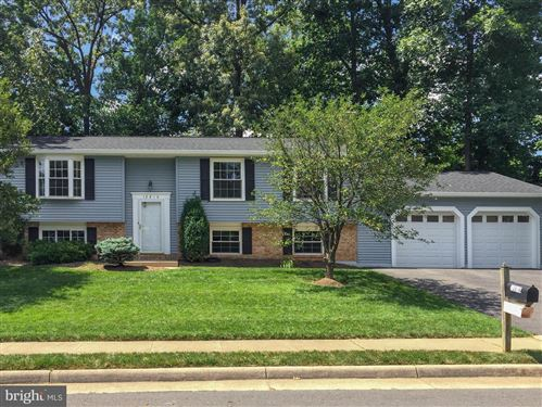Photo of 12816 FRAMINGHAM CT, HERNDON, VA 20171 (MLS # VAFX1131820)