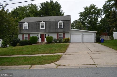 Photo of 8603 POSTOAK RD, POTOMAC, MD 20854 (MLS # MDMC726822)