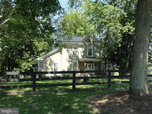 Photo of 17864 SILCOTT SPRINGS RD, PURCELLVILLE, VA 20132 (MLS # VALO379822)