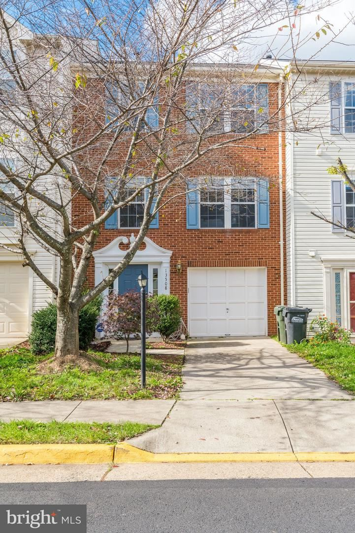 Photo of 13508 AVONMORE DR, HERNDON, VA 20171 (MLS # VAFX1161822)