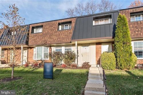 Photo of 358 JAMES ST #382, FALLS CHURCH, VA 22046 (MLS # VAFA110824)