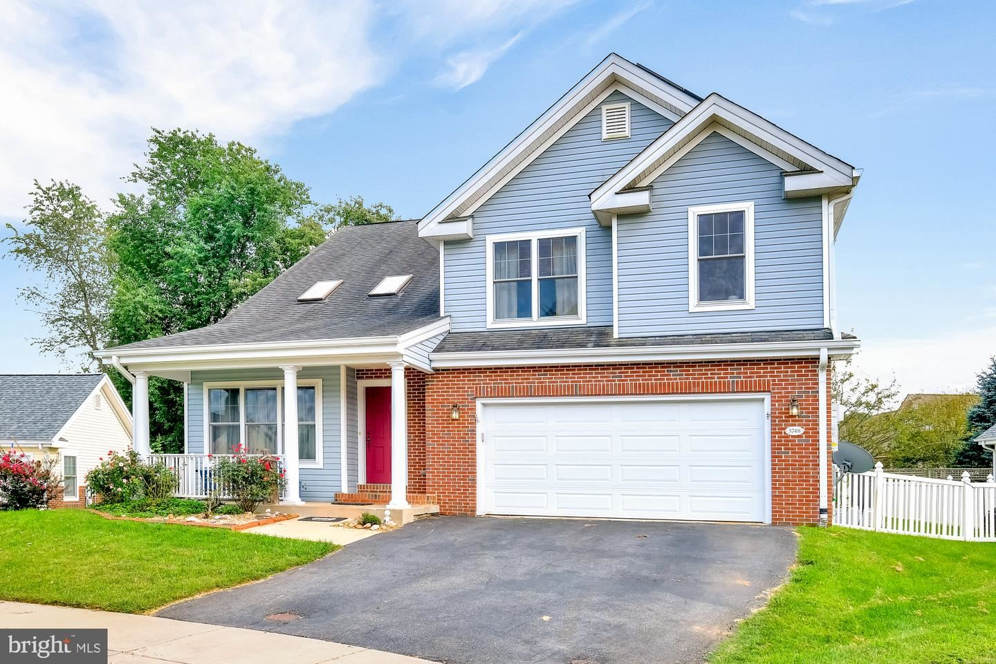 Photo of 5748 CHERRYWOOD CT, NEW MARKET, MD 21774 (MLS # MDFR270824)