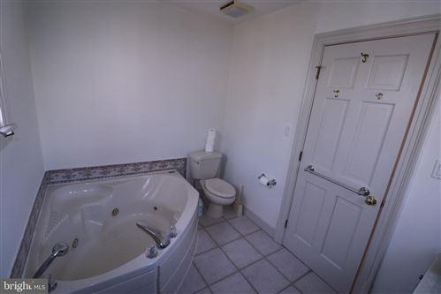 Tiny photo for 1702 N WAKEFIELD ST, ARLINGTON, VA 22207 (MLS # VAAR176826)