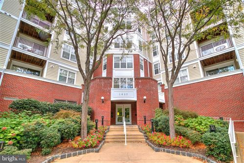 Photo of 1625 INTERNATIONAL DR #415, MCLEAN, VA 22102 (MLS # VAFX1104828)