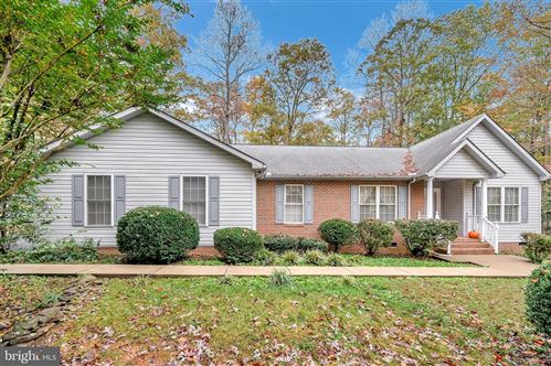 Photo of 126 TALL PINES AVE, LOCUST GROVE, VA 22508 (MLS # VAOR137828)