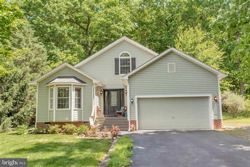 Photo of 119 MONTICELLO CIR, LOCUST GROVE, VA 22508 (MLS # VAOR133830)