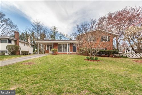 Photo of 605 BURNT MILLS AVE, SILVER SPRING, MD 20901 (MLS # MDMC701834)