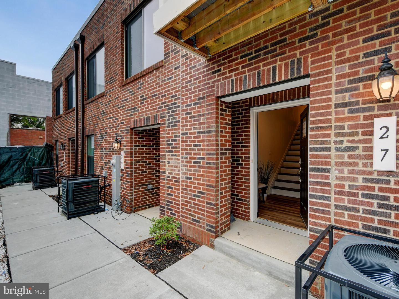 27 S BETHEL ST, Baltimore, MD 21231 - MLS#: MDBA531834