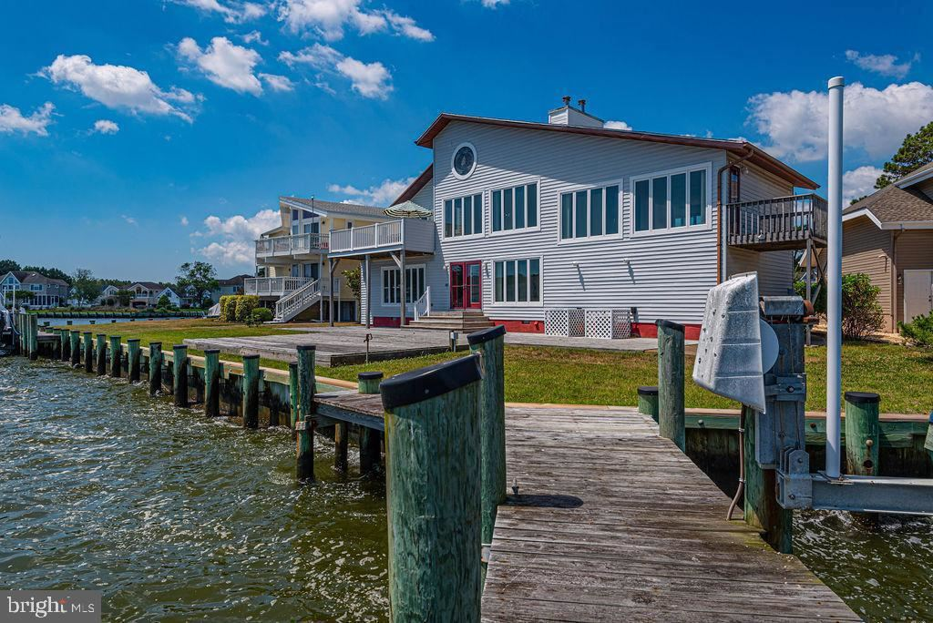 Photo of 1 CLUBHOUSE DR, OCEAN PINES, MD 21811 (MLS # MDWO114834)