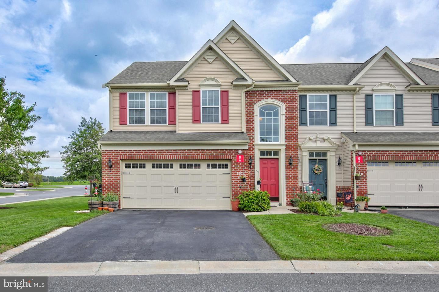 Photo of 510 SUNLIGHT LN #1, BERLIN, MD 21811 (MLS # MDWO115834)