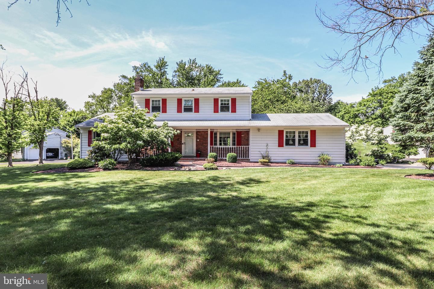 40 QUAKER RD, Princeton Junction, NJ 08550 - #: NJME296834