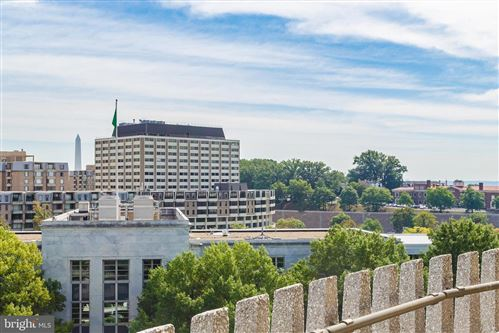 Photo of 700 NEW HAMPSHIRE AVE NW #1117, WASHINGTON, DC 20037 (MLS # DCDC454838)
