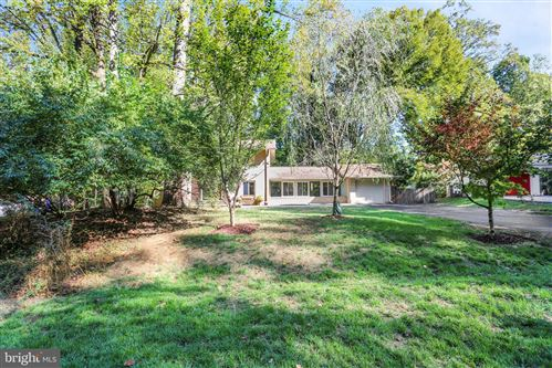 Photo of 7504 HAMILTON SPRING RD, BETHESDA, MD 20817 (MLS # MDMC683838)