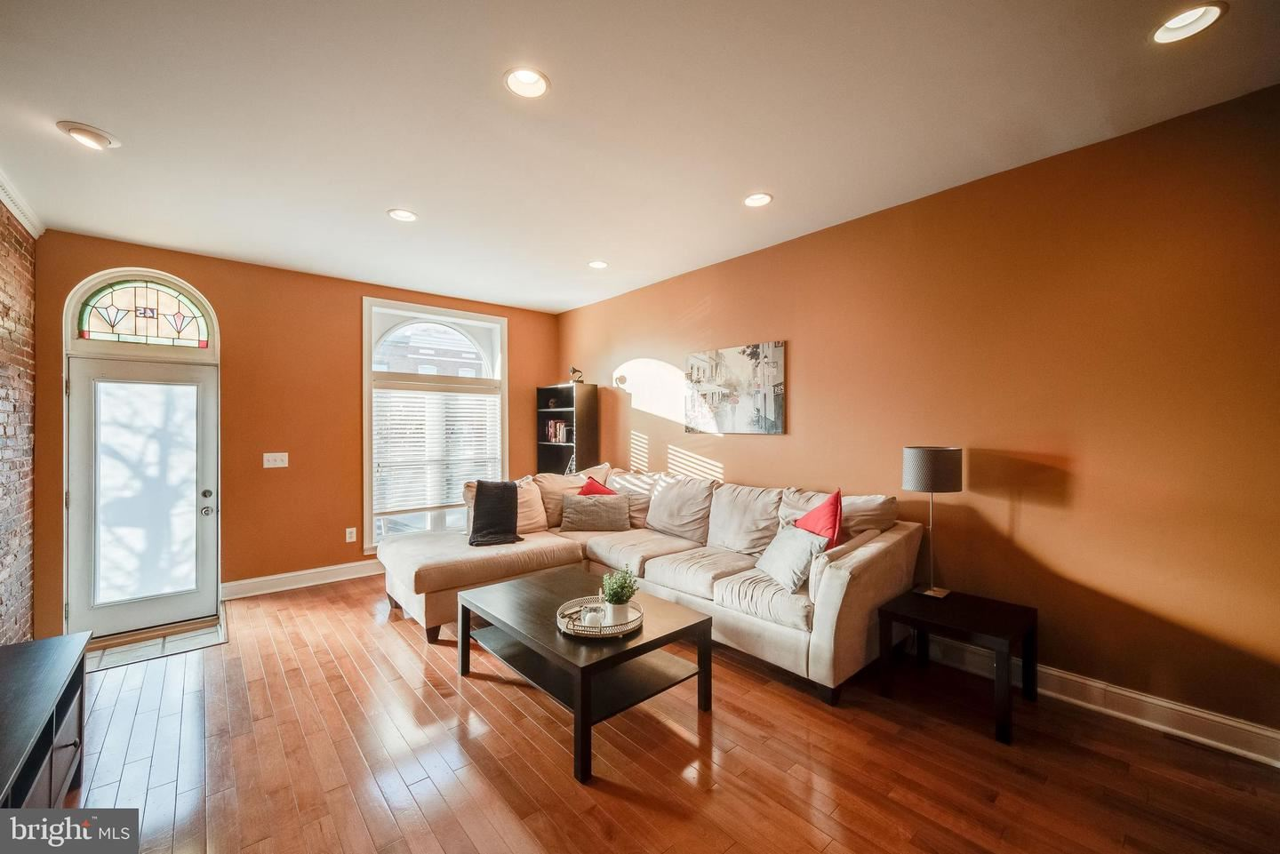 Photo of 145 S EAST AVE, BALTIMORE, MD 21224 (MLS # MDBA532840)
