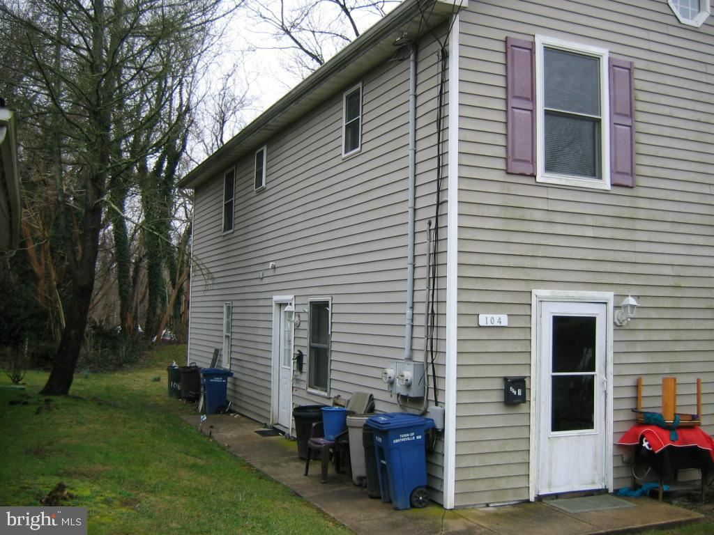 Photo of 104 LITTLE KIDWELL AVE, CENTREVILLE, MD 21617 (MLS # MDQA143842)