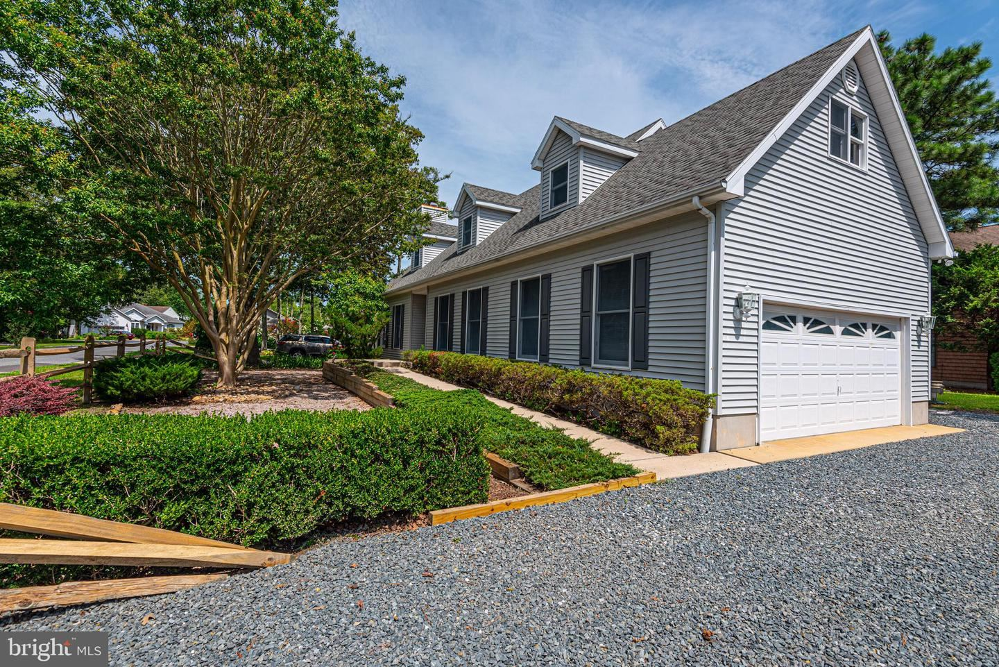 Photo of 2 CRAB CAY CT, OCEAN PINES, MD 21811 (MLS # MDWO113842)