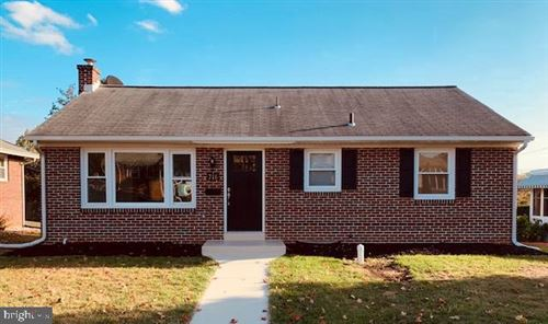 Photo of 716 HILTON DR, LANCASTER, PA 17603 (MLS # PALA141844)