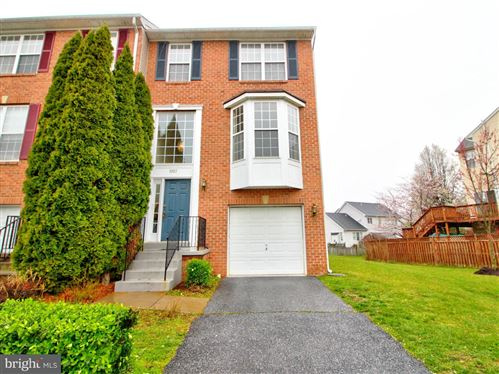 Photo of 1927 CROSSING STONE CT, FREDERICK, MD 21702 (MLS # MDFR261846)
