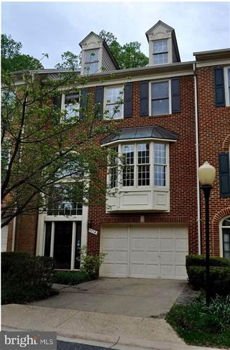 Photo of 9714 WHITLEY PARK PL, BETHESDA, MD 20814 (MLS # MDMC758846)