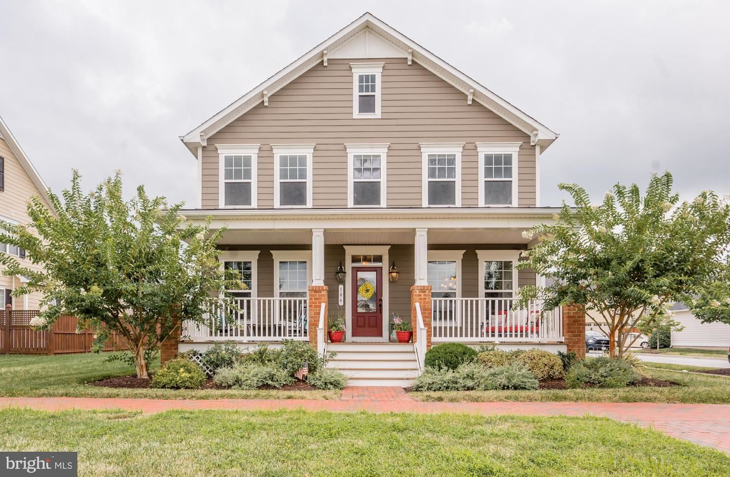 Photo of 106 EVELYNE ST, CHESTER, MD 21619 (MLS # MDQA144848)