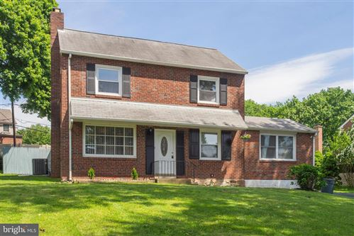 Photo of 963 OLD SPROUL RD, SPRINGFIELD, PA 19064 (MLS # PADE519854)