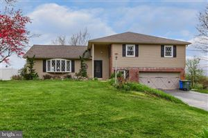 Photo of 749 RIDGELYN DR, DALLASTOWN, PA 17313 (MLS # PAYK114856)