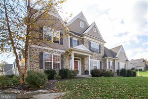Photo of 506 COUNTRY MEADOWS DR, LANCASTER, PA 17602 (MLS # PALA142858)