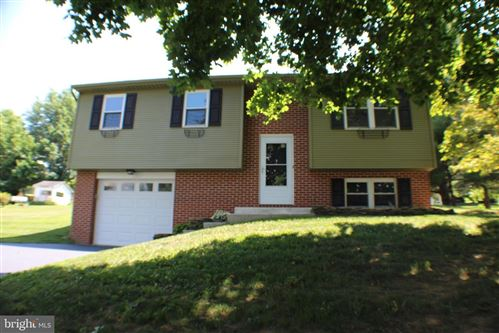 Photo of 201 JOYCE DR, LITITZ, PA 17543 (MLS # PALA165860)